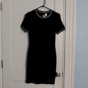 Ribbed Short Sleeve Black Bodycon Dress